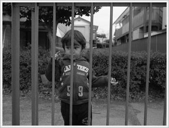 Kaika, shot with Mamiya (Feb. 21, 2006): click for gallery